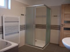 05 - Sprchový kout v koupelně.